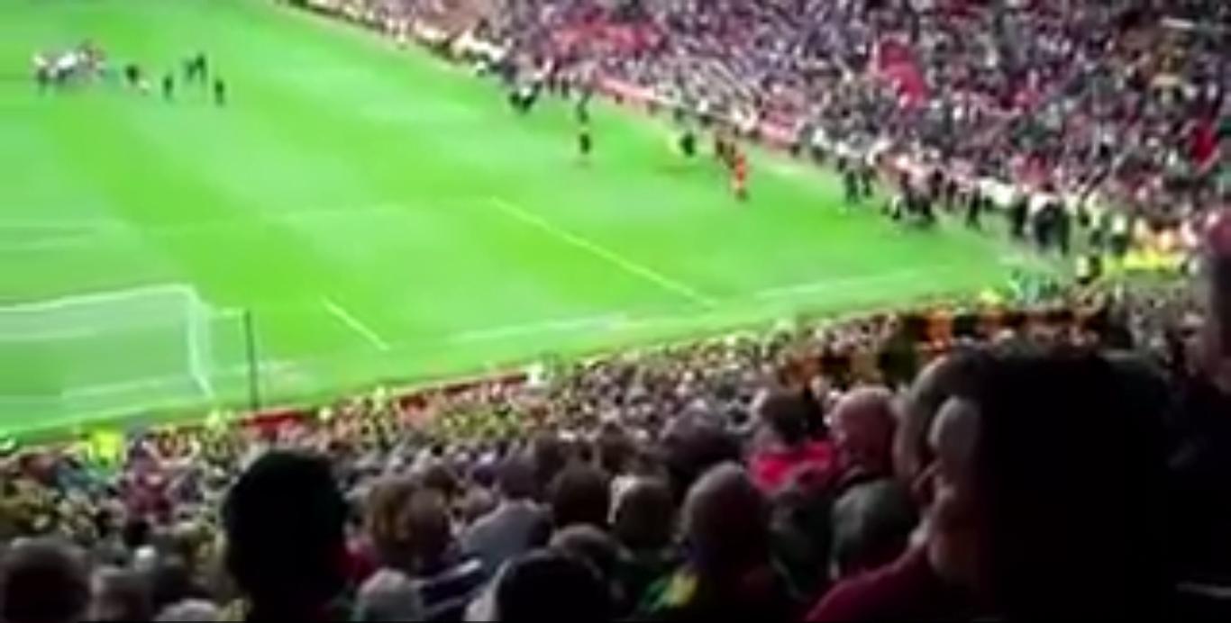Man Utd Fans Glazers Out